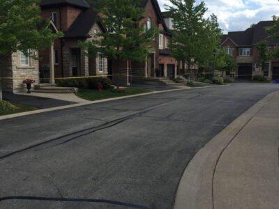 driveway-sealing-contractors