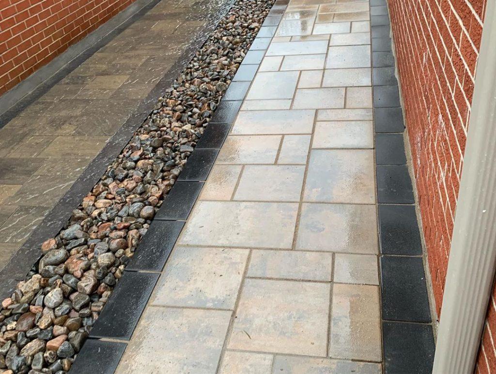 interlock paving house skirt walkway