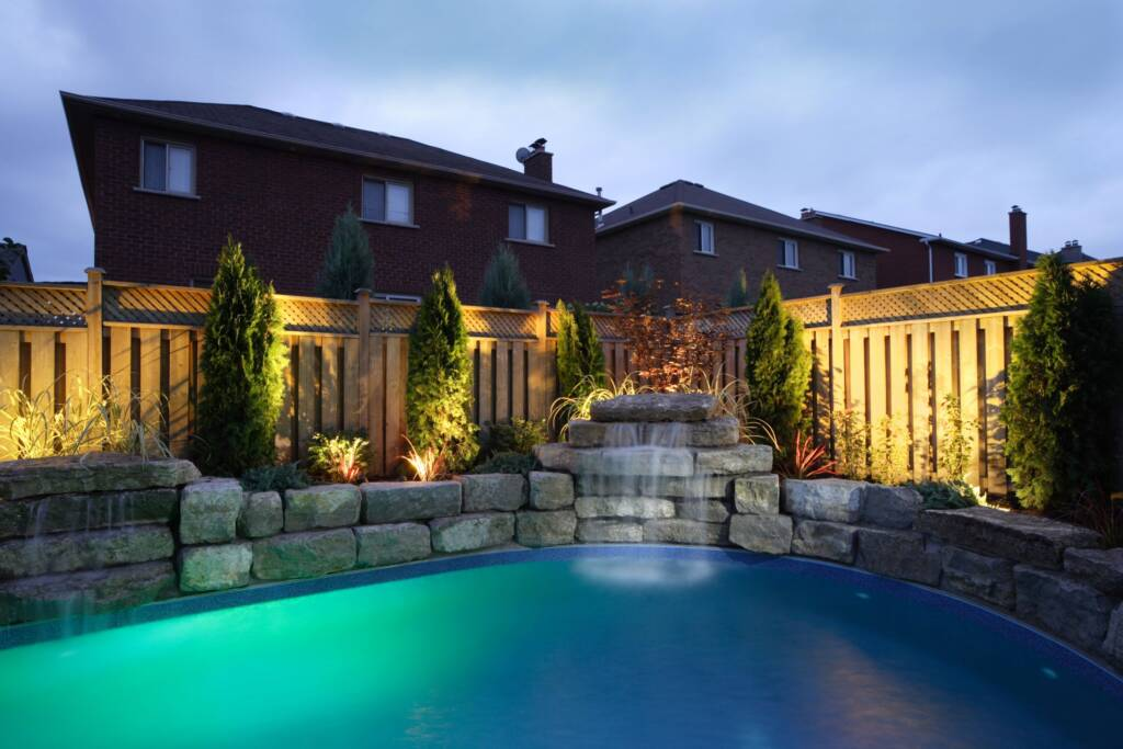 Amazing Retaining Wall for Pool